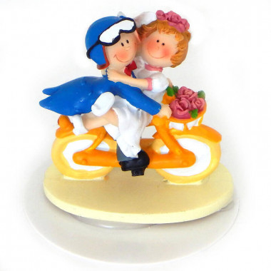 Figurka na tort - Para Młoda na rowerze