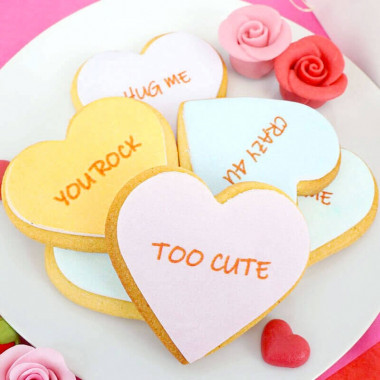 Ciastka-serca z przesłaniem miłosnym (12 Sztuk)