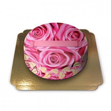Tort w różowe róże