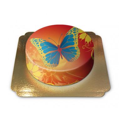 Tort z kolorowym motylkiem