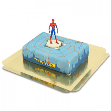 Spiderman na torcie z pajęczyną