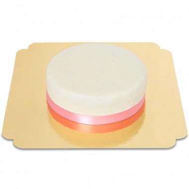 Biały tort ze wstążeczką