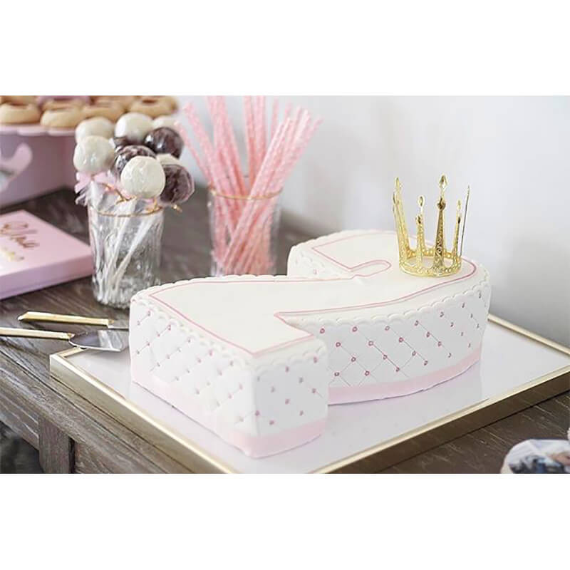 Deluxe Cake, REBECCA DUFWALL