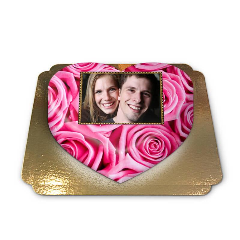Fototorte mit pinken Rosen in Herzform