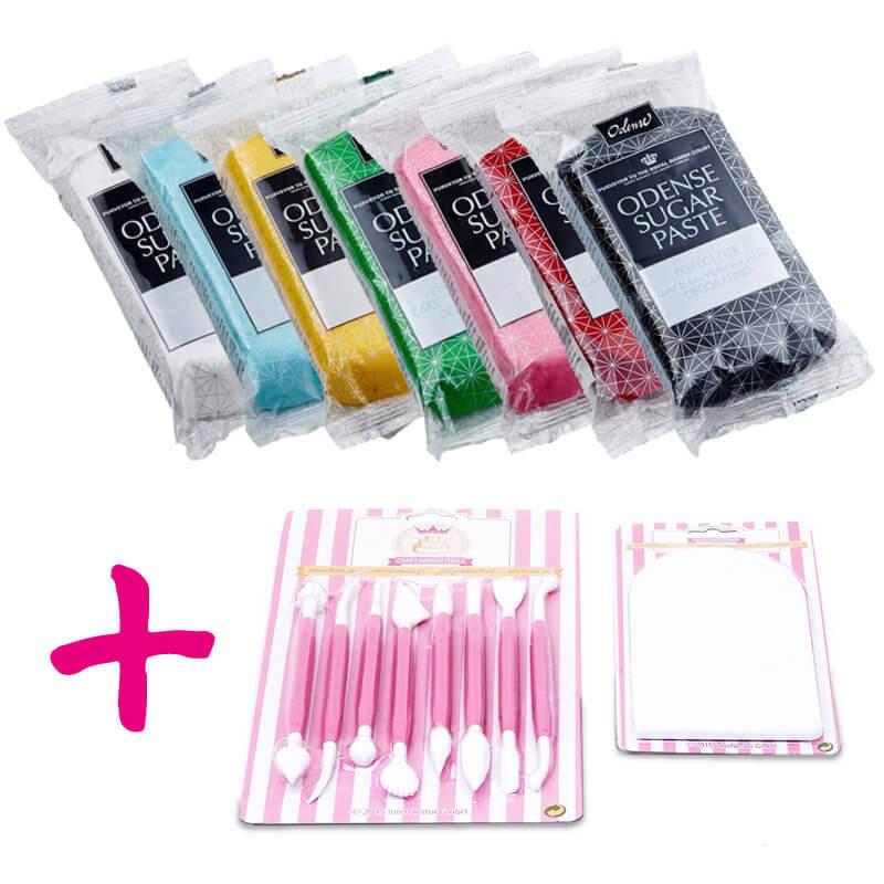 Przybory cukiernicze i zestaw kolorowego lukru plastycznego