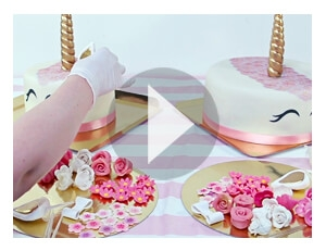 This is how you make your own unicorn cake!